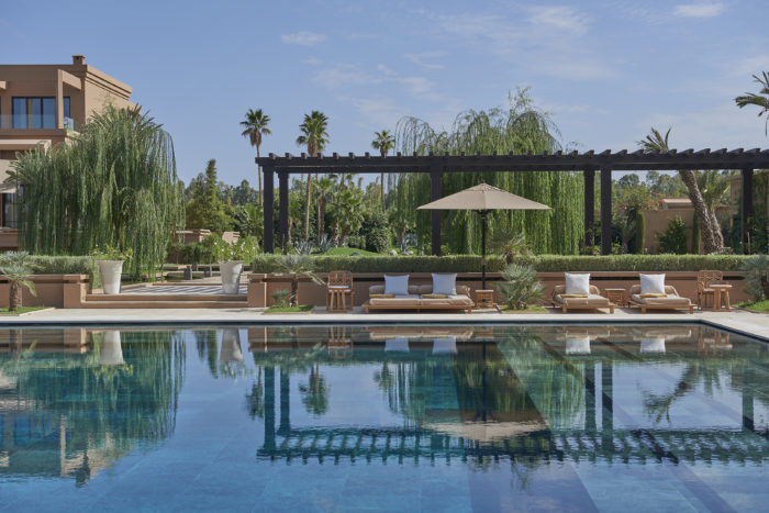 marrakech-hotel-swimming-pool-day