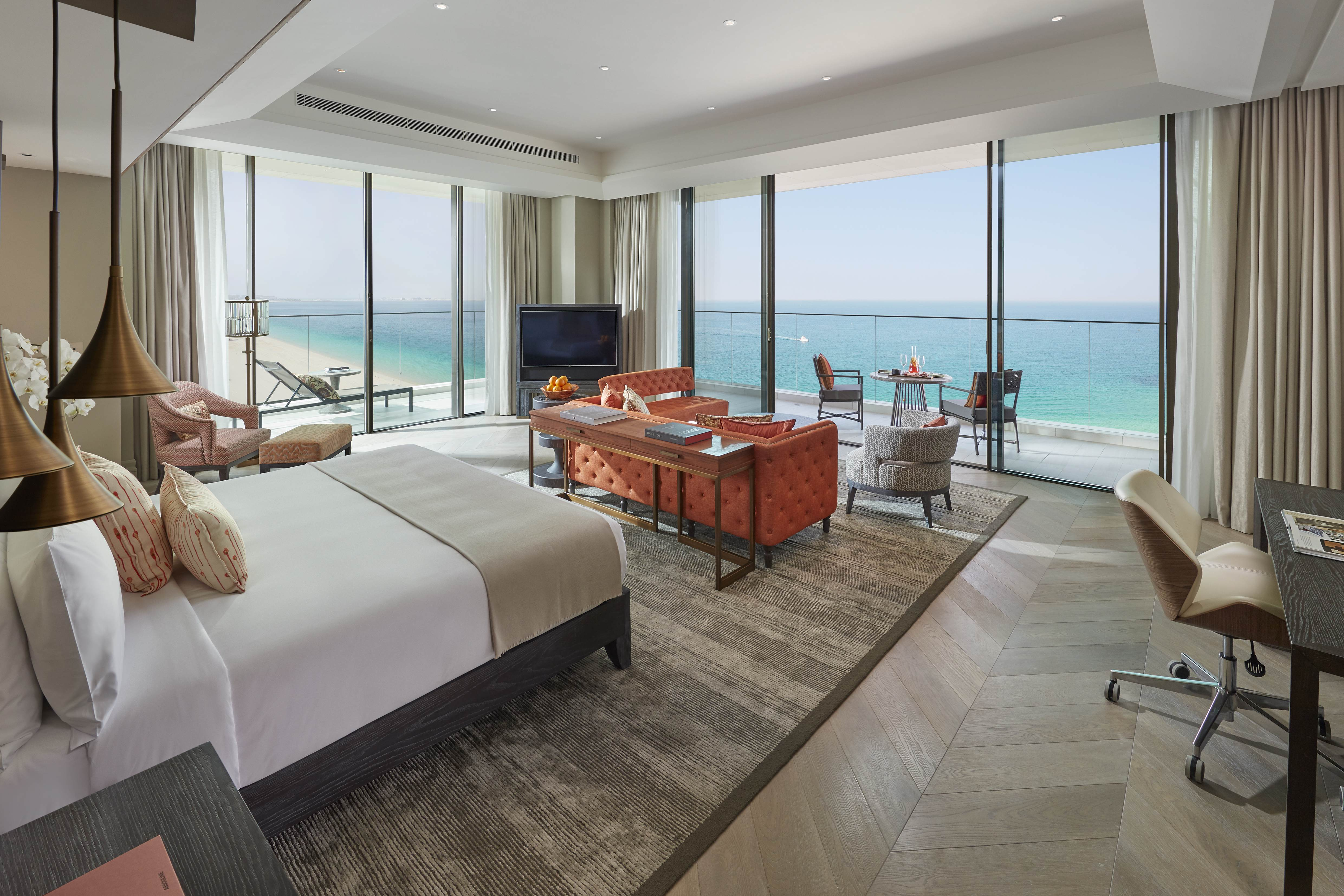 Mandarin Oriental Jumeira, Dubai - Mandarin Sea Front Suite, Bedroom (L)